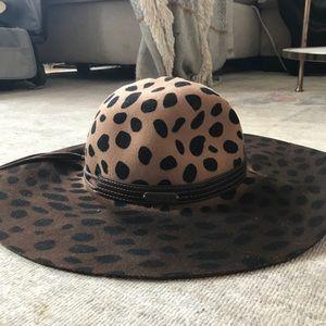 Anthropologie cheetah hat